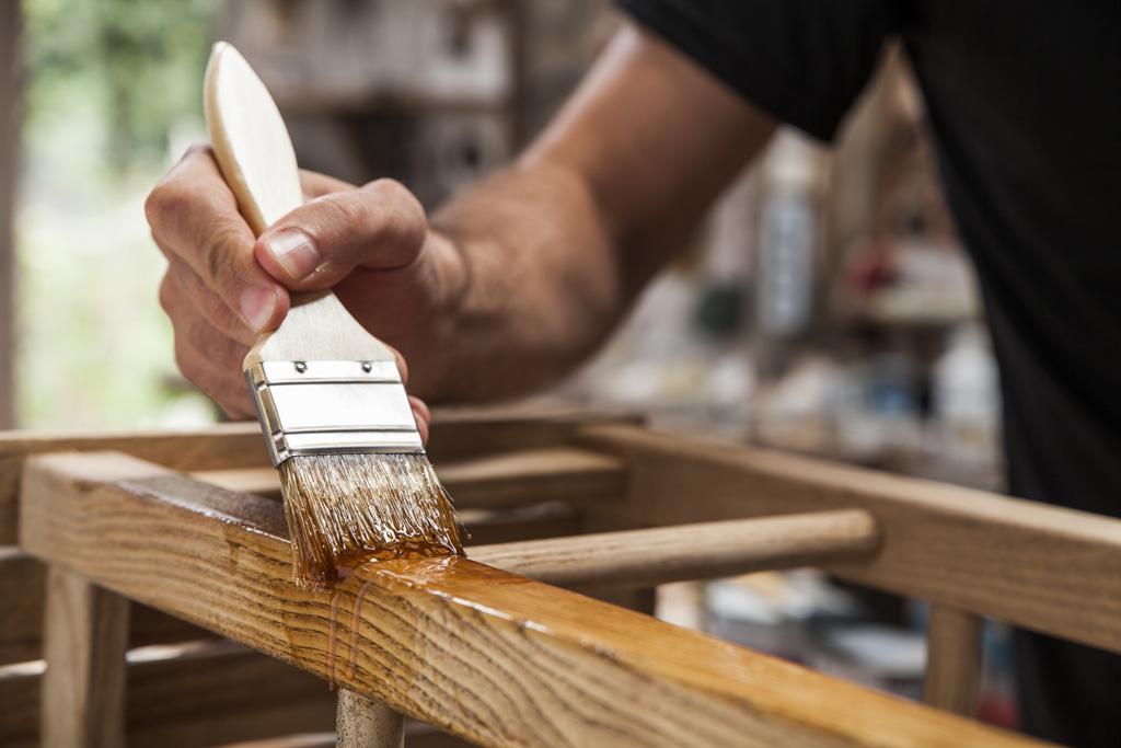 Vernici per la protezione e decorazione del legno helios italia